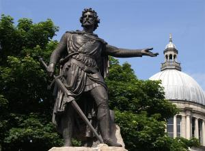 estatua-de-william-wallace-en-aberdeen_5a2aa286_1200x883